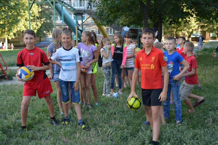 Церковь «Новое Поколение»  Терновки провела «Праздники Двора»