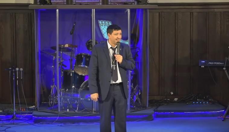 Епископ Андрей Тищенко проповедует христианам Америки