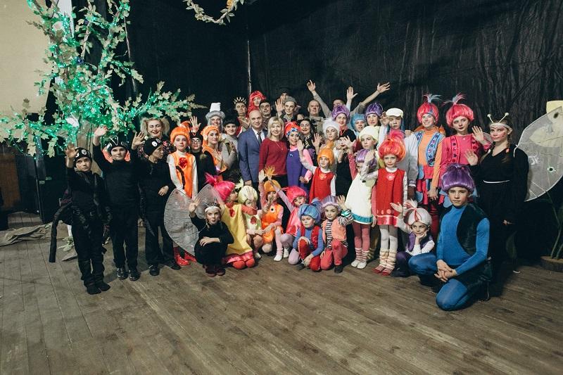 Подарок для терновчан на рождество: фееричный сказочный мюзикл «Тролли»