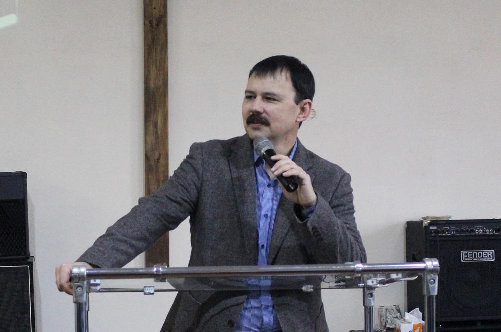 """В Херсоне состоялась региональная конференция для лидеров церквей """"Новое поколение"""""""