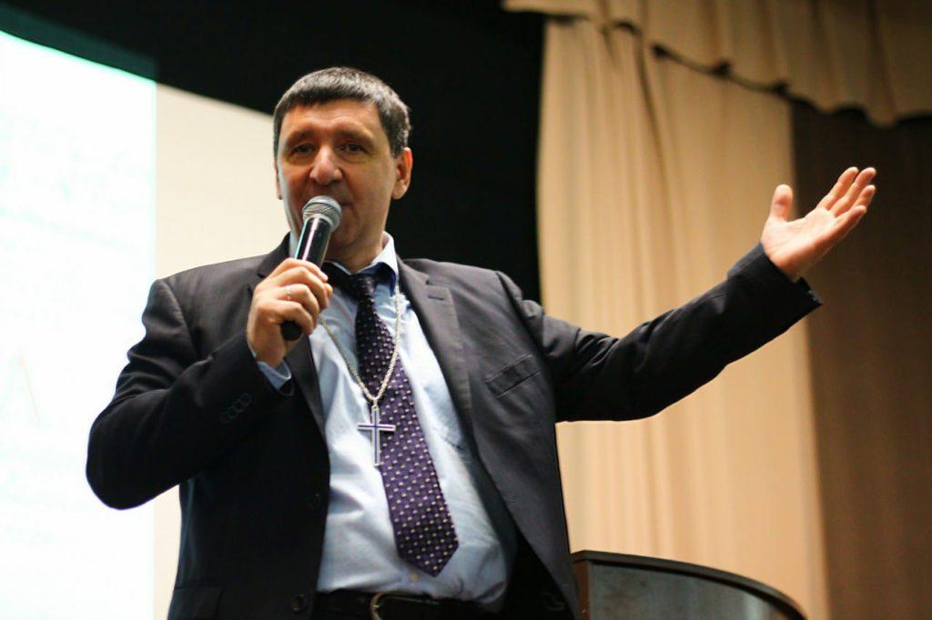 """""""Вера в Святого Духа делает из тебя христианина"""" – Андрей Тищенко"""
