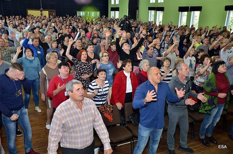 В конференции «Неотступившие ходатаи» приняло участие более тысячи христиан