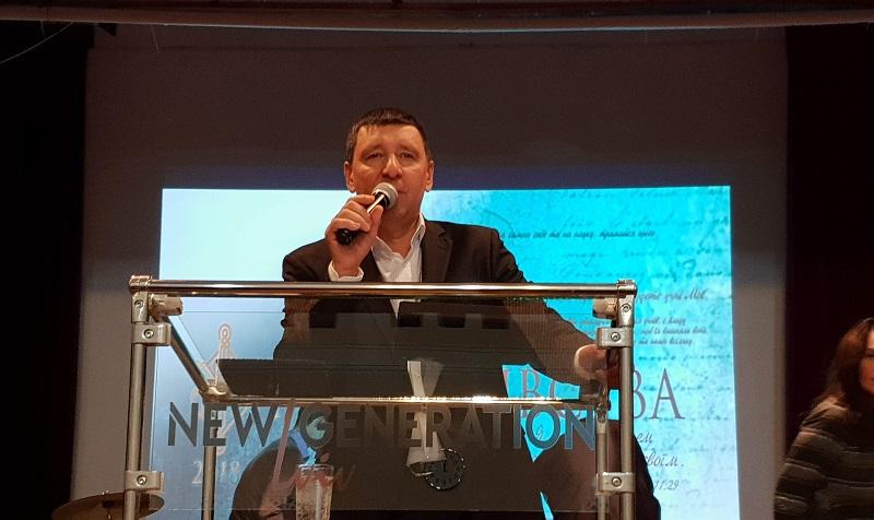 Андрей Тищенко проповедовал на служении во Львове
