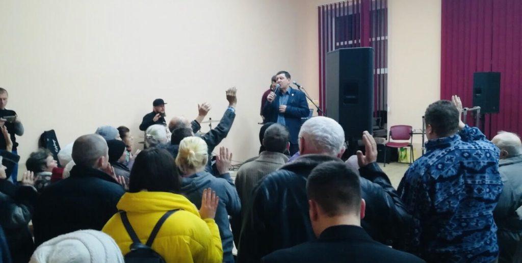 Єпископ Андрій Тищенко відкрив церкву у Вінниці