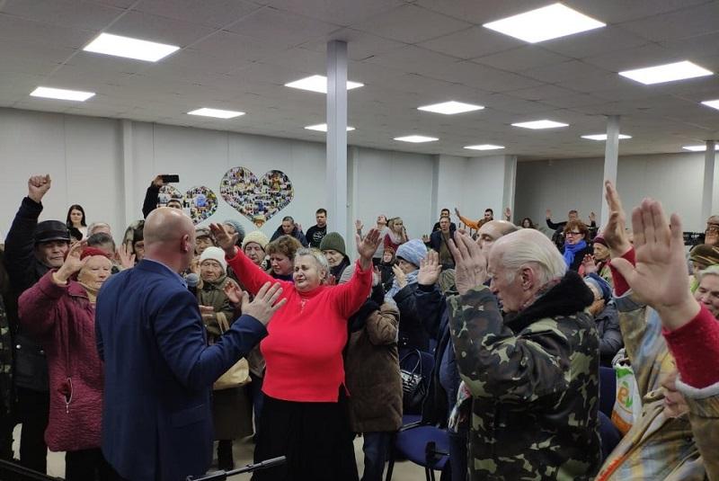 Епископ Сергей Любежанин провел служение в Днепре