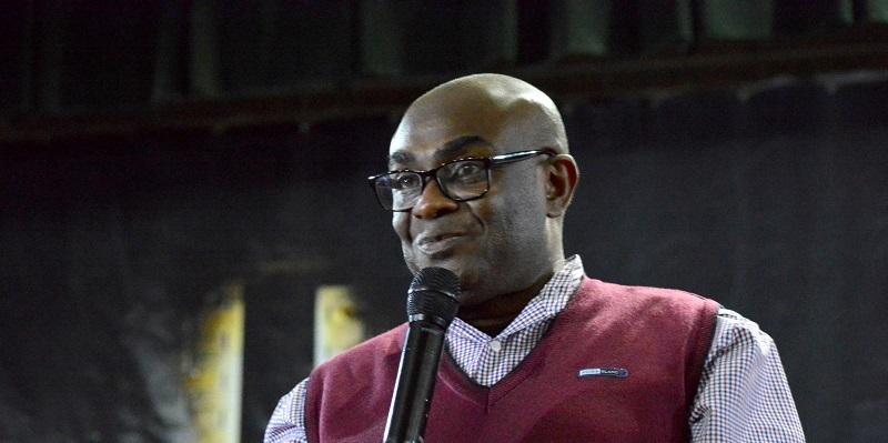 Епископ Ишмаэль Сэм из Ганы провел служение в Терновке