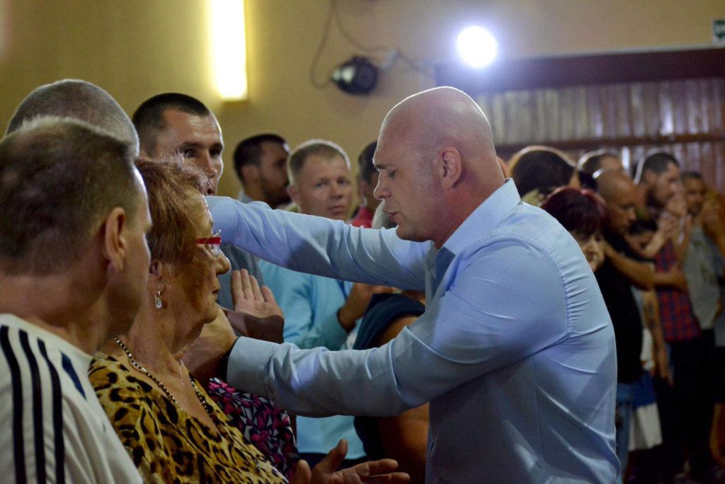 В Терновке состоялось праздничное служение «Троица»
